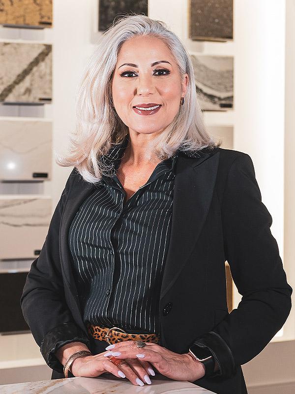 Lorraine Paiva